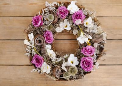 Vence, kvetináče