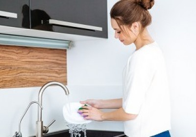 Pomôcky na umývanie riadu